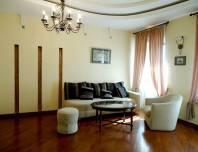 cниму 4-комнатную квартиру на канале Грибоедова 43