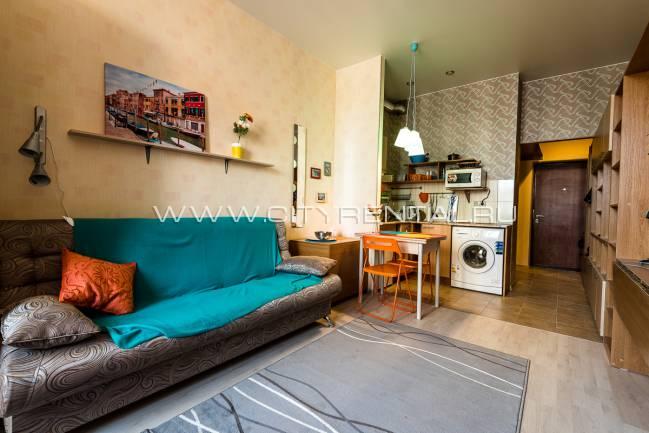 происходят скачки аренда квартир-студий в санкт-петербурге лет назад автокатастрофе