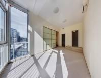 светлая и просторная 5-комнатная квартира на Крестовском острове в аренду